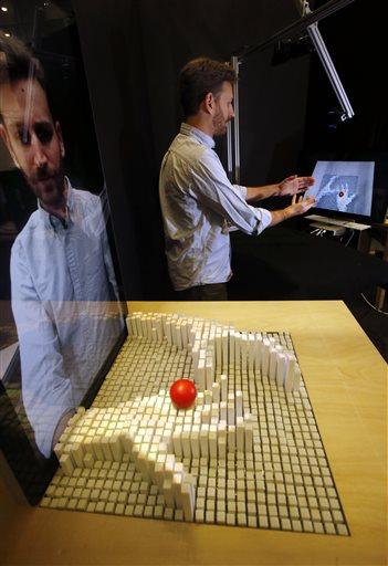 inFORM vous permet d'interagir en 3D à distance